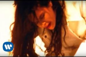 Embedded thumbnail for Alanis Morissette - You Oughta Know