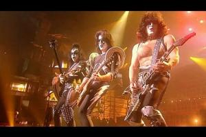 Embedded thumbnail for KISS EN CONCIERTO / El Salvador